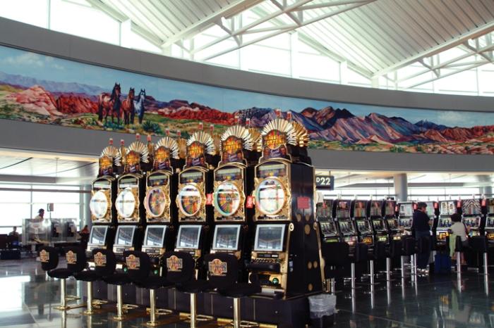 Las Vegas_s McCarran (LAS) airport